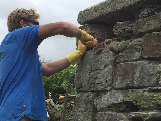 Repointing the Hayle Bridge in Cornwall